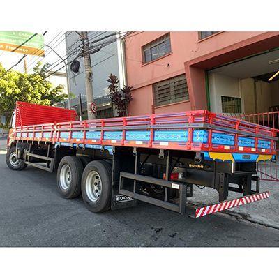 Carroceria de madeira para caminhão